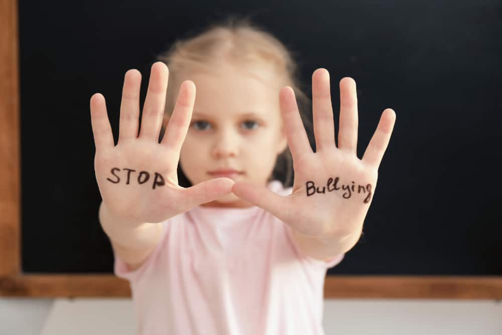 stop-bullying-jenny-silverstone-momlovesbest-thoselondonchicks