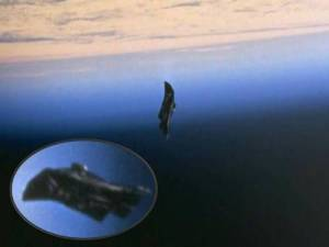 black-knight-satellite-01