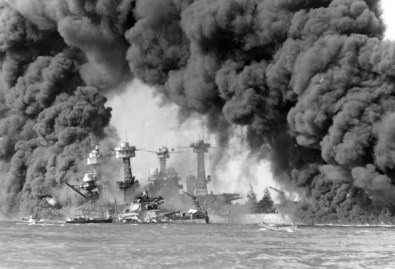 battleships-west-virginia-and-tennessee-pearl-harbor-ataque