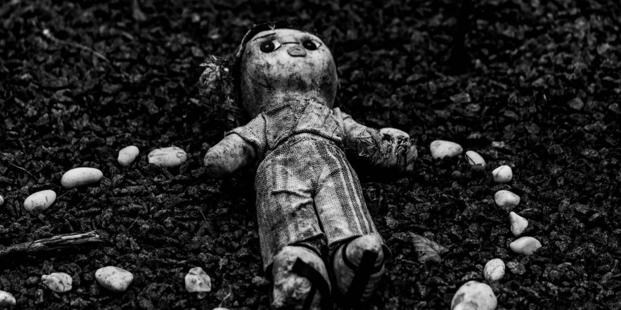 50 People Share The Spooky As Hell Unexplained Mysteries That Haunt Them To ThisDay