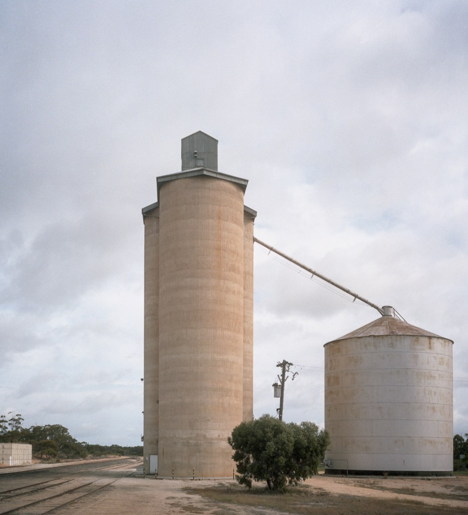 silo, Cowangie, Mallee Highway