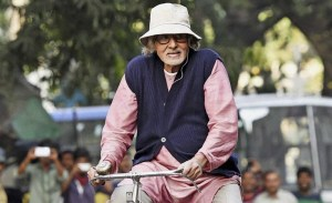 Kolkata: Bollywood megastar Amitabh Bachchan rides a cycle during the shooting of his new film 'Piku' in Kolkata on Sunday. PTI Photo by Ashok Bhaumik(PTI11_2_2014_000067A)