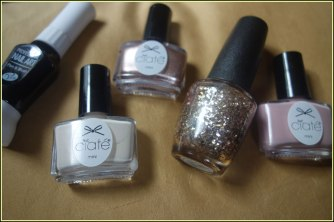 L-R: Rio Professional Nail Art Pen in black, Ciate Gelology in Pretty in Putty, Ciate Gelology in Goal Digger, OPI in Gaining Mole-Mentum and Ciate Gelology in Iced Frappe
