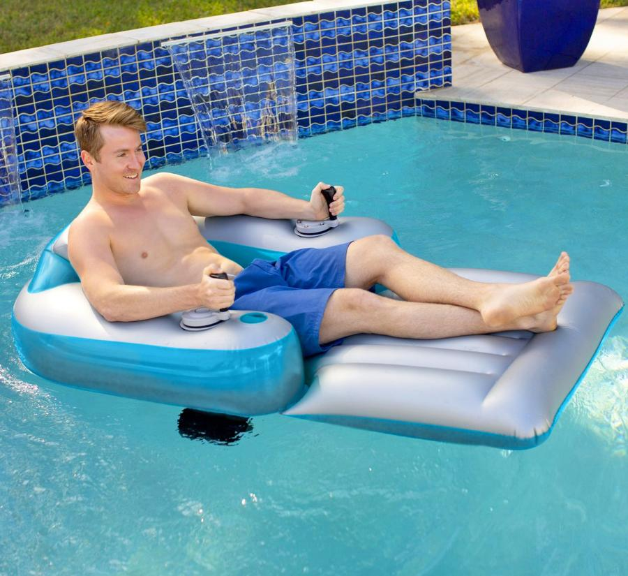 cruise around like a millionaire in this motorized pool lounger
