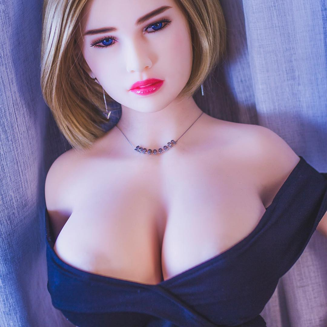 sex doll customers keep ordering dolls that look like mates' girlfriends
