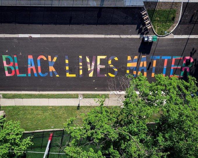 black lives matter mural defaced to read 'all lives matter'