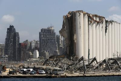 death toll reaches 200 after huge port explosion in beirut shatters buildings