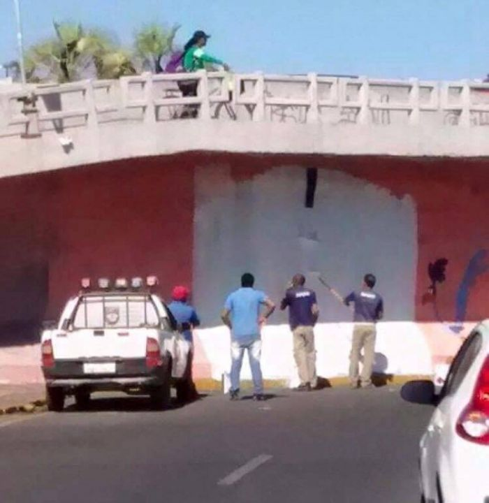 driver crashes into wall after it was painted to look like a tunnel