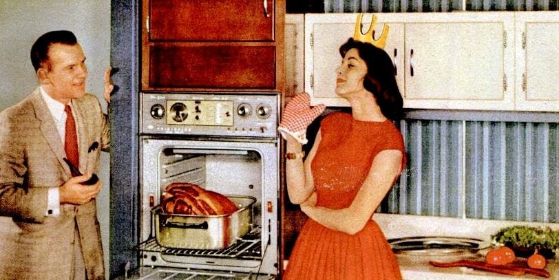 crazy day in a life of a 1950's housewife