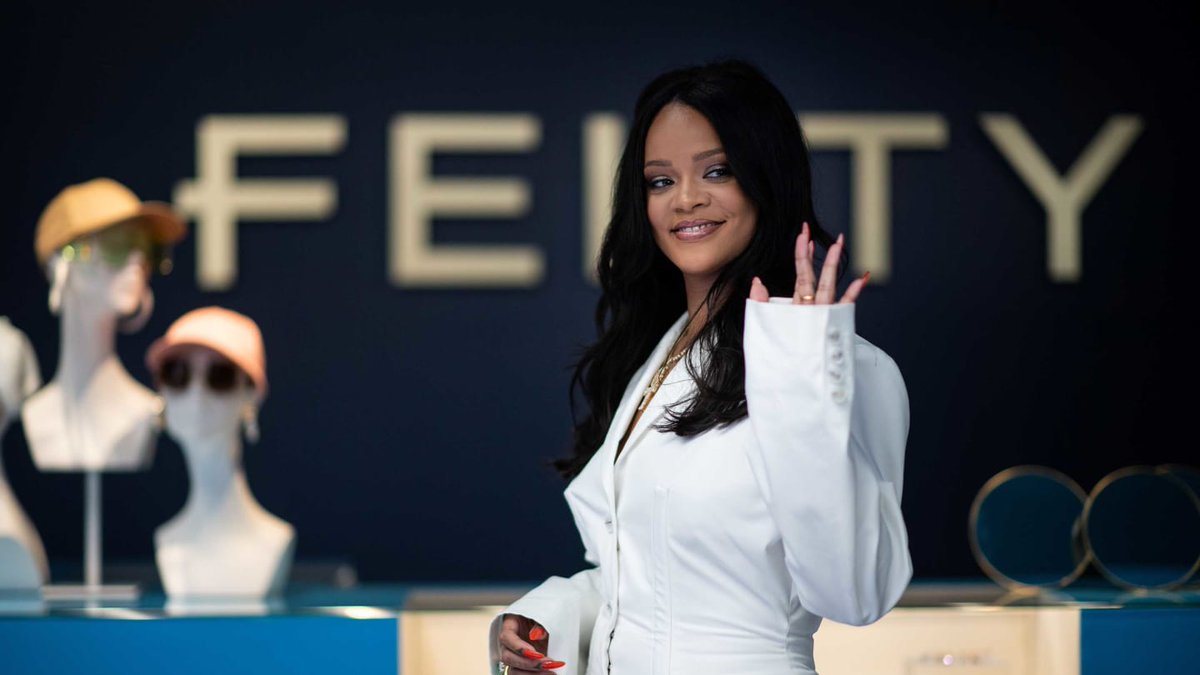 Rihanna Is Now Officially A Billionaire! – Video