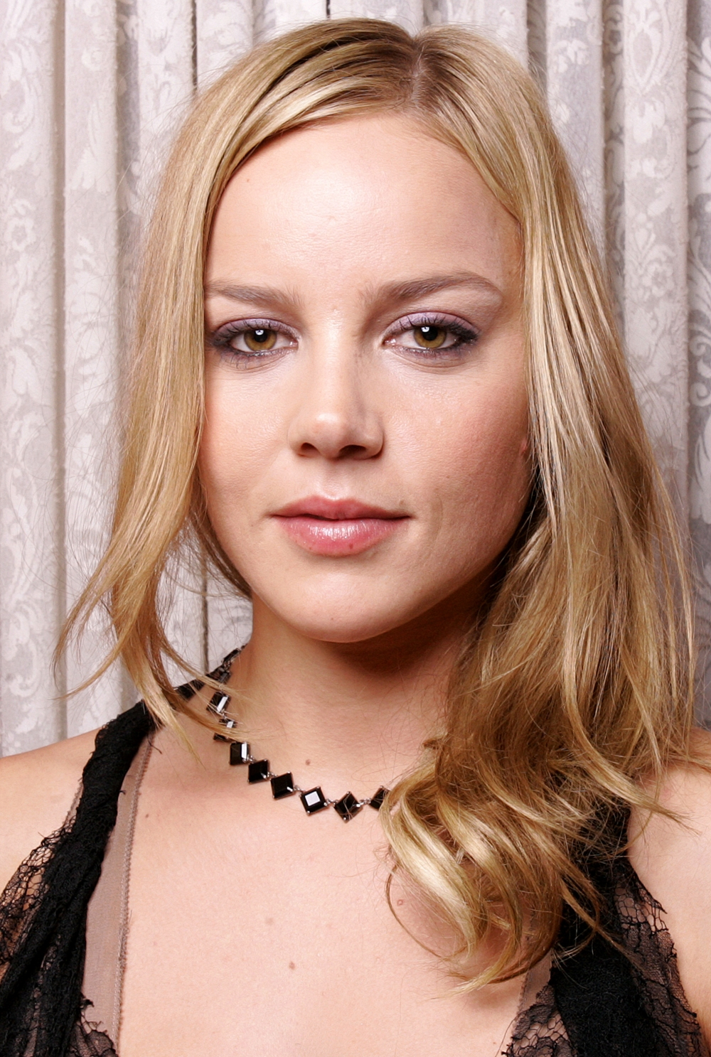 15 Beautiful Blonde Actresses In Hollywood