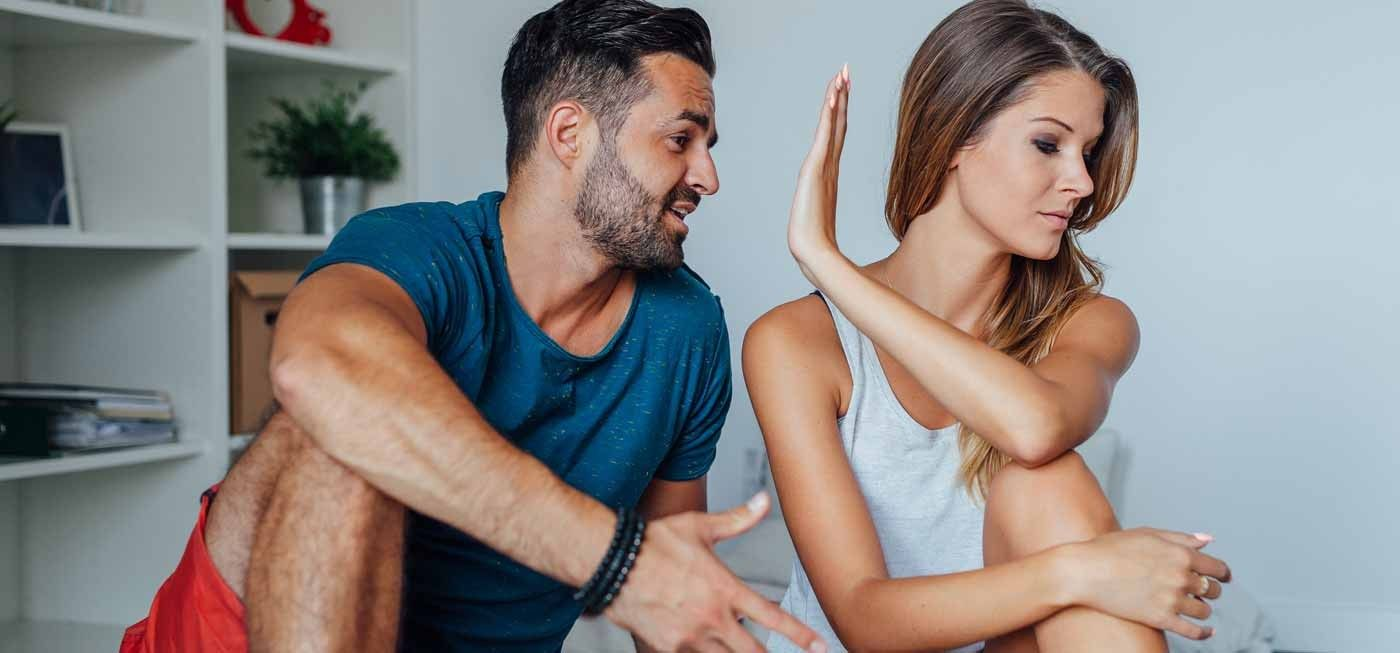 The Pursuit Of Happiness – Why Being Clingy Is Making Your Relationship Unhealthy