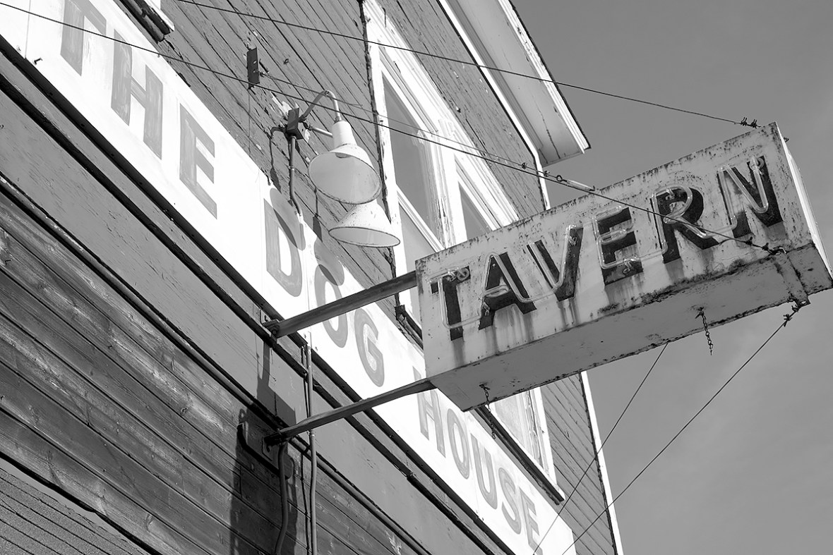tavern_DSCF1188