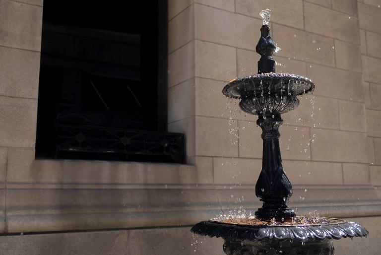 fountain_DSF2905