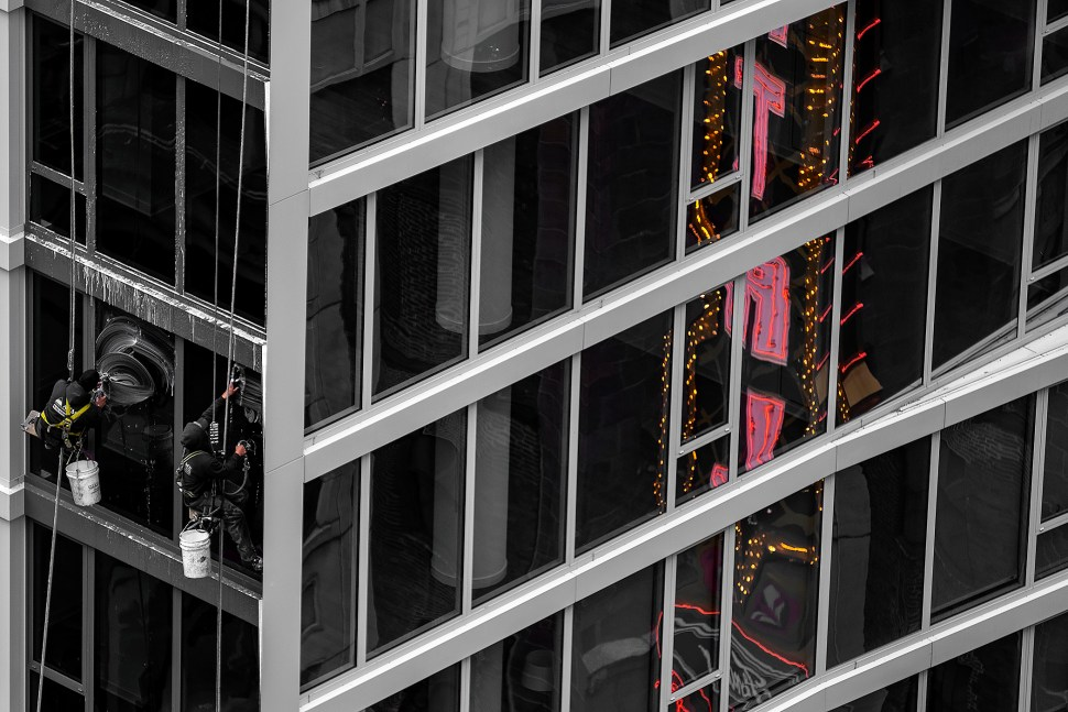 windowwashers_DSF2435