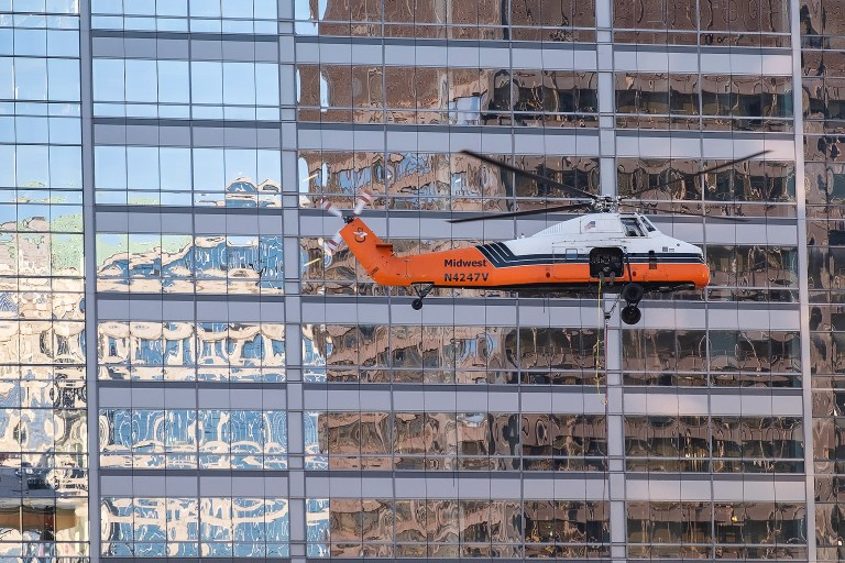 helicopterDelivery_DSF0714