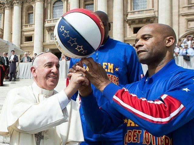 pope-francis-harlem-globetrotters