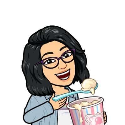 Anime representation of Keerthi eating ice cream.