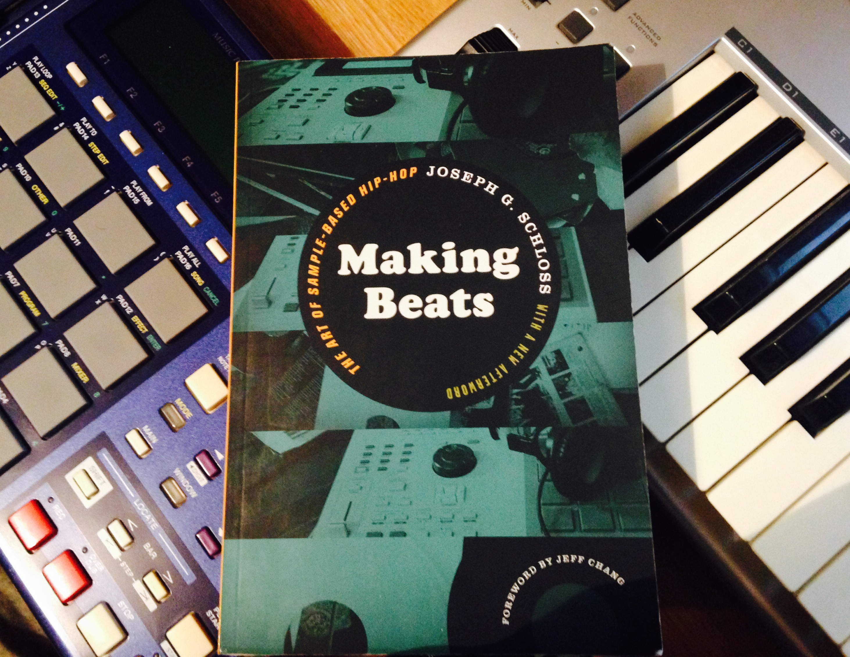 joseph g. schloss, 'making beats: the art of sample-based hip-hop