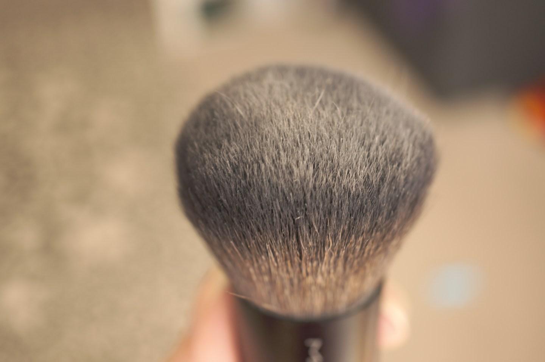 MAC Kabuki brush bare minerals