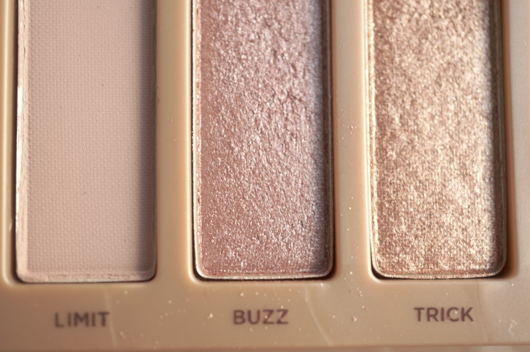 urban decay naked 3 limit buzz trick