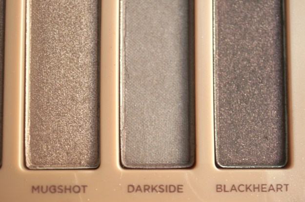 urban decay naked 3 mugshot darkside blackheart