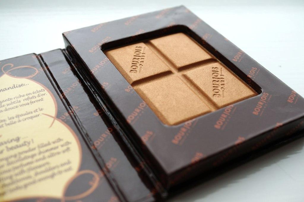 Bourjois-Delice-de-Poudre-Gold-Bronzing-Powder