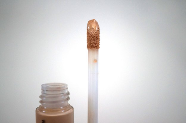 trick-and-treatment-dark-circle-concealer