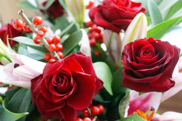 debenhams-christmas-flowers-offer