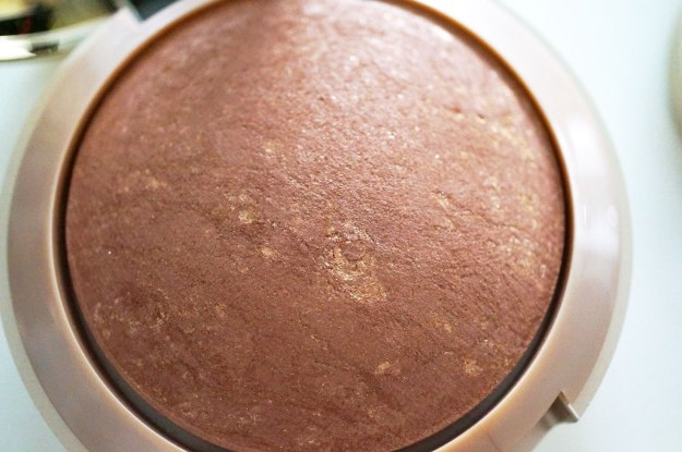 milani-baked-bronzer-review
