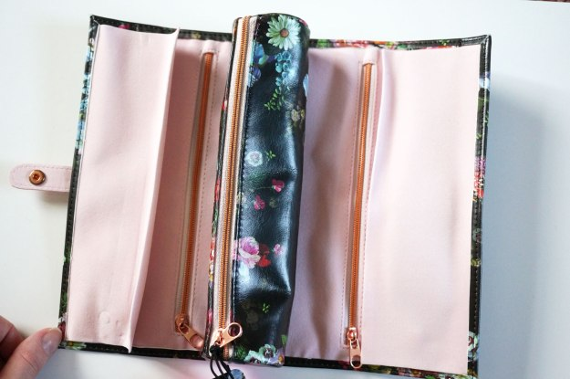 ted-baker-jewellery-roll-open