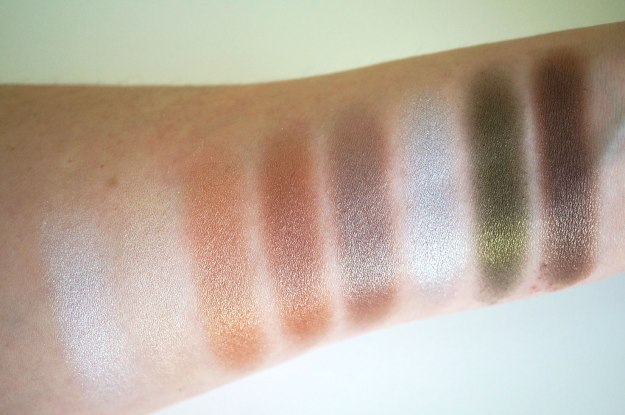 makeup-revolution-iconic-pro-2-palette-shimmer-swatches