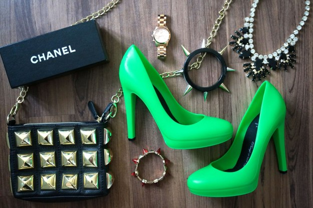 the-glo-brand-green-shoes
