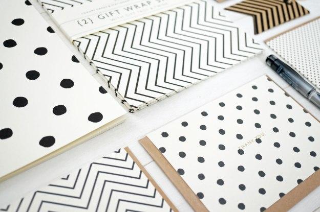 monochrome-stationery