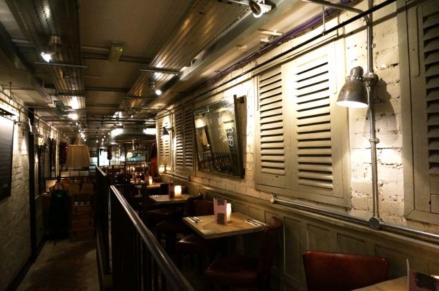 bills-restaurant-review-wellington-street