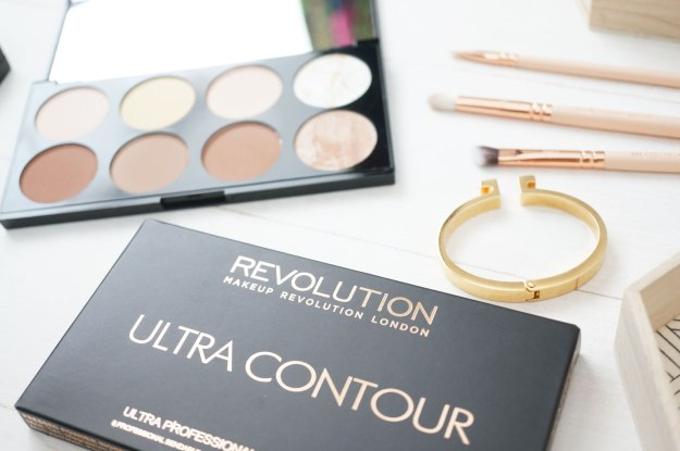 makeup-revolution-ultra-contour-palette-review
