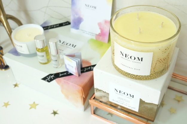 neom-organics-christmas-three-wick-candle