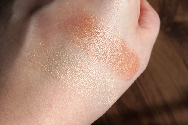 illamasqua-beyons-powders-swatches-in-sunlight