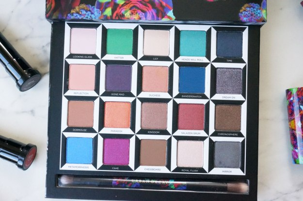 urban-decay-alice-in-wonderland-palette-shades