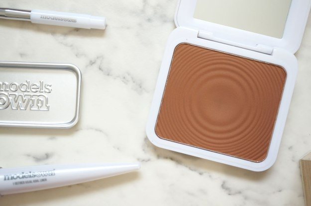 models-own-bronzer