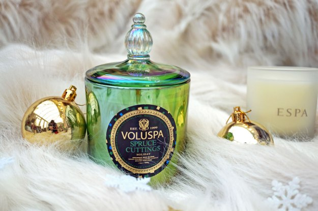 voluspa-spruce-cuttings-candle