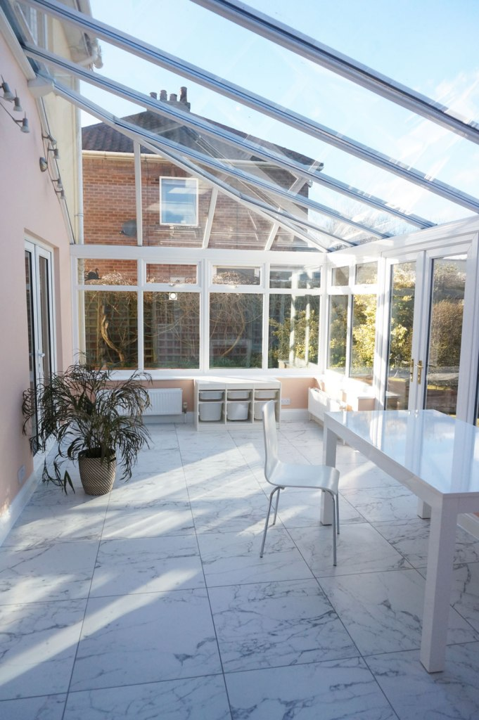 bright-conservatory-makeover
