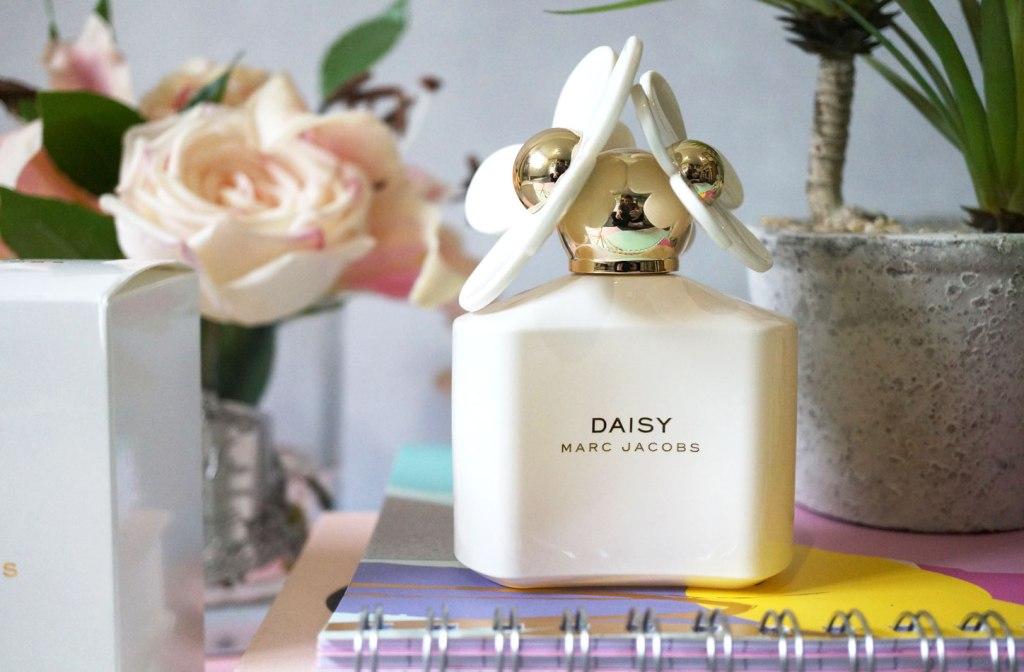 Marc-Jacobs-Daisy-White-EDT2