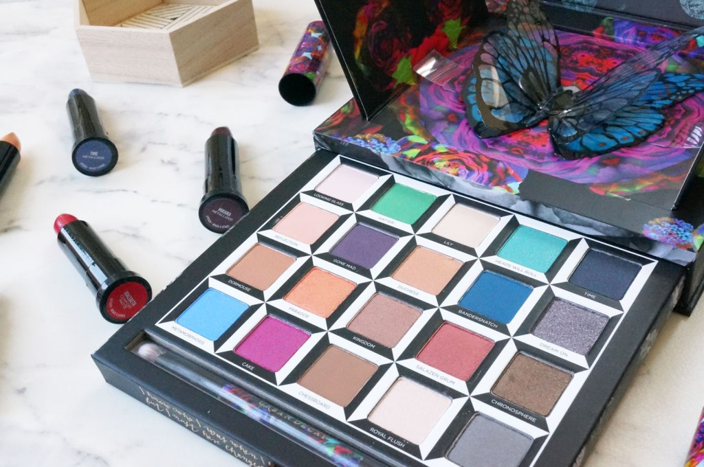 urban-decay-alice-through-the-looking-glass-collection