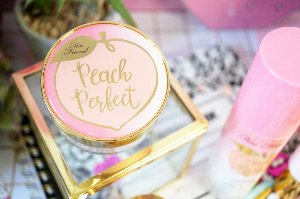 too-faced-Peach-Perfect-Mattifying-Setting-Powder