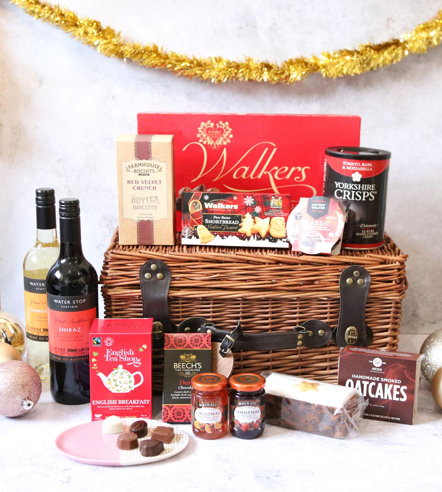 Prestige Hampers Traditional Christmas Gift Basket - Thou ...