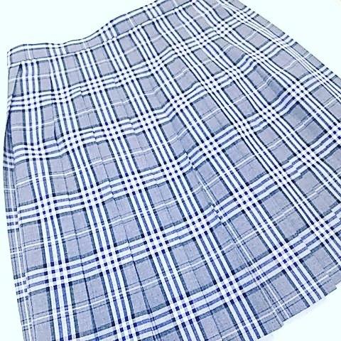 制服のスカート丈詰め、ベルト下43cmで仕上げました。#洋服のリフォーム #スレッド名古屋 #名古屋 #栄 #ファッション #制服 #丈詰め from Instagram