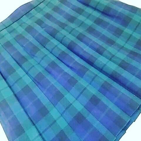 制服スカートの丈詰め。ベルト下49cm仕上げ。#洋服のリフォーム #スレッド名古屋 #名古屋 #栄 #ファッション #制服 #スカートコーデ #ミニ from Instagram