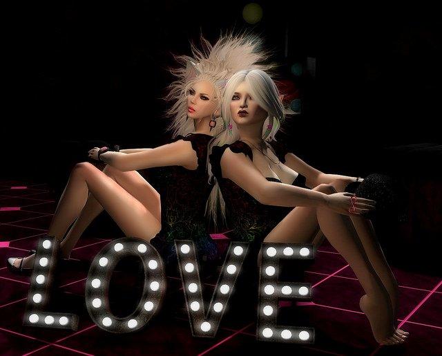 Duchess & Nimraë Spread the Love