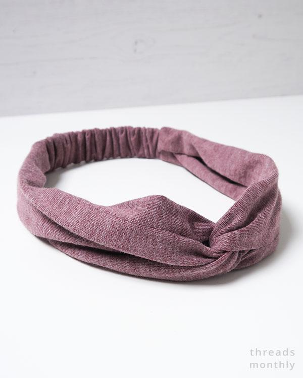 Stretchy Twist Headband - Free Sewing Pattern